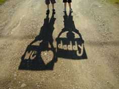 """We Heart Daddy"" shadow picture for Father's Day"