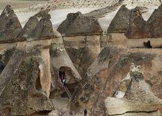 Resultado de imagen para ciudades subterraneas turquia