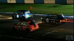 SUNDAY SCREAMER MINI IN THE DARK time folks & its back to the track with a night race tonight!
