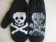 Жаккард без протяжек, круговое вязание Skull And Bones, Sugar Skull, Gloves, Knitting, Crochet, Skulls, Blog, Pattern, Tips