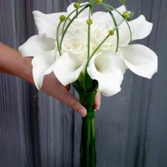Bridal Bouquet with white Calla's and roses - BR14 - Philippe Bas
