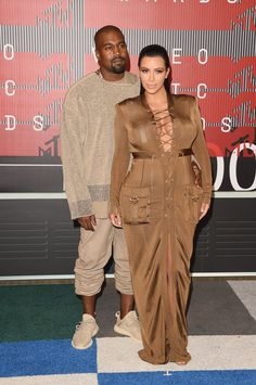 Pin for Later: Kim and Kanye Are the Couple of the Night on the MTV VMAs Red Carpet