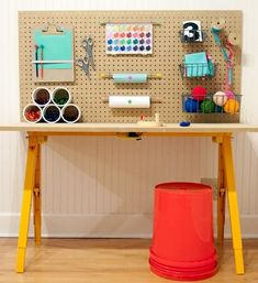 DIY Craft Station For Kids (...If there is one thing that is true, it?s that kids love to do crafts! In fact, my 3 year old will literally spend over an hour coloring the same piece of paper and putting stickers on it?)