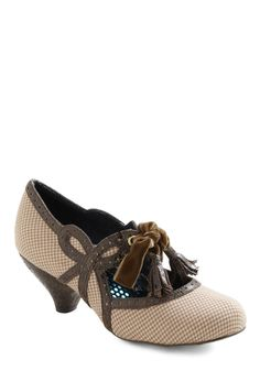 A Tisket a Tassle Heel by Irregular Choice - Tan, Brown, Houndstooth, Tassles, Mid, Leather, Work, Casual, Vintage Inspired