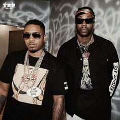 Nas and 2 Chains Bun B, Mirrored Sunglasses, Mens Sunglasses, Tinashe, 2 Chainz, Hip Hop Artists, Record Producer, Celebrity News, Candid