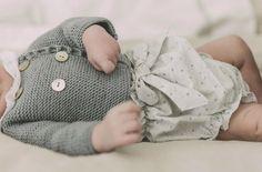 Tienda ropa de bebé y clases de punto y costura C/Monasterio de Oseira 9, Madrid.