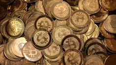 A former US Secret Service agent pleads guilty to stealing bitcoins during the investigation of the Silk Road website.