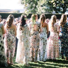 22 Casual wedding dresses for summer---bohomian summer wedding dress for gusets, beach weddings Summer Bridesmaid Dresses, Bridal Party Dresses, Wedding Dress Styles, Summer Dresses, Bridesmaid Dresses With Sleeves, Bride Dresses, Floral Dresses, Casual Wedding, Rustic Wedding