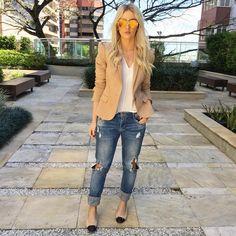 """Natana Marques de Leon no Instagram: """"Agora uma foto do look do dia completo para vocês!!  Look todo @zara Sapatilha @chanelofficial e óculos @dior ❤️ #natanausa #jeansdestroyed #ootd #lookoftheday #basic #monday"""""""