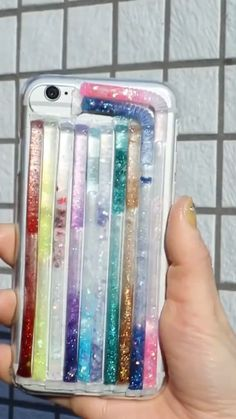 The post DIY Crafts Bling Bling iPhone Cases appeared first on Barbara Ritchie. 5 Minute Crafts Videos, Diy Crafts Videos, Diy Videos, Diy Crafts Hacks, Diy Home Crafts, Diy Projects, Tree Crafts, Creative Crafts, Make A Phone Case