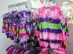 Tie Dye for everyone!! Young to old...who doesn't love some tie dye?? 2 dye 4 has it all!