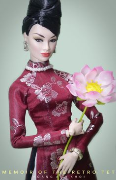 https://flic.kr/p/Rt6yVr | IN MEMOIR OF THE RETRO TET | It's the first day of Tết Holiday here in Vietnam, and i'm currently in memoir of the retro Tết holiday of Saigon in the 60s! The ladies of old Saigon are just elegant and glamorous! They're in beehive or bubble-cut hairstyle, wearing the classic Ao dai with pearl necklaces and earings, riding their old classic Vespa to go shopping and preparing for the holiday. Sometimes i just wish these good old days could last forever! <3