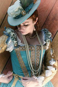Turquoise Elizabethan ensemble, created and worn by Samantha Reckford Pinpricksandpetticoats.blogspot.com Photo: davidawa.com