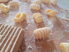 Pasta fatta in casa Crinkle Cookies, Gnocchi, Cereal, Pudding, Breakfast, Kitchen, Food, Youtube, Italian Desserts