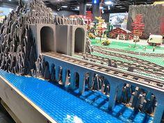legotrain forum // legotrain forum :: Thema anzeigen – LEGO Train Tunnels- Source by roseumacejixk Lego Train Tracks, Lego City Train, Lego Trains, Lego Mountain, Lego Bridge, Lego Tractor, Lego Winter Village, Train Tunnel, Lego Boards