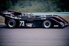 David Hobbs - McLaren Chevrolet - Roy Woods Racing, Inc. - Can-Am Watkins Glen - 1973 Canadian-American Challenge Cup, round 3 New Sports Cars, Sports Car Racing, Auto Racing, Road Race Car, Race Cars, David Hobbs, Slr Mclaren, Vintage Race Car, Vintage Auto