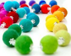 felt necklace-beads
