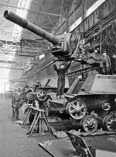 SU-152 in the USSR