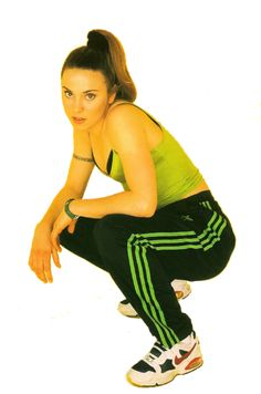 Sporty Spice rocking the 90s athletic trend