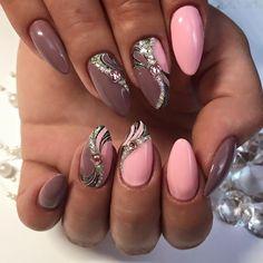 70 nail design inspiration for your nails - Fashion Ruk Get Nails, Hair And Nails, Funky Nails, Trendy Nail Art, Bling Nails, Creative Nails, Perfect Nails, Nail Arts, Christmas Nails