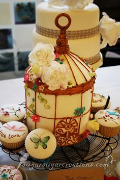 Birdcage cake--I love it.