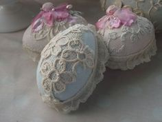more of Cerri's beautiful eggs!  littlepinkstudio,typepad