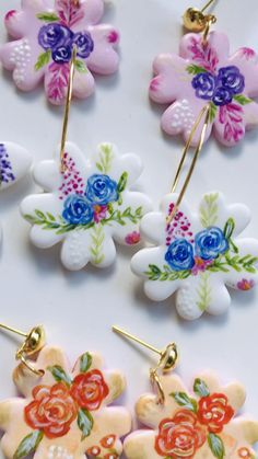 Polymer Clay Bracelet, Cute Polymer Clay, Polymer Clay Flowers, Polymer Clay Pendant, Polymer Clay Projects, Polymer Clay Charms, Clay Crafts, Clay Beads, Polymer Clay Embroidery