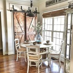 Below are the Farmhouse Dining Room Decor Ideas. This post about Farmhouse Dining Room Decor Ideas was posted under the Dining Room category by our team at May 2019 at pm. Hope you enjoy it and don't forget . Dining Nook, Dining Room Design, Dining Room Furniture, Dark Furniture, Furniture Ideas, Nook Table, Dining Tables, White Dining Set, Small Dining