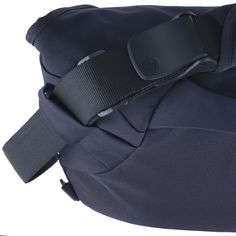 MODERATE EMBARRASSMENT Laptop Messenger Bag