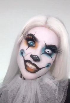 Makeup Art, Hair Makeup, Female Clown, Cool Halloween Makeup, Cosplay Makeup, Drawing Reference, Mary Kay, Makeup Looks, Make Up