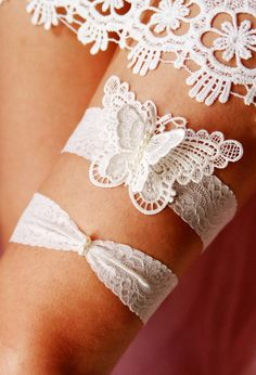 Wedding Garter Bridal Garter Set Toss Garter  - Alice in Wonderland Rustic Boho Woodland Wedding - Ivory Butterfly Garter Embroidered Lace