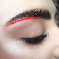 Eyebrow contouring! Neon ginger under-eyebrow highlighter liner makeup by me…
