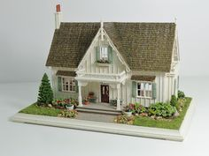 Miniature Miniatures - Nell Corkin: Carpenter Gothic Cottage - 2