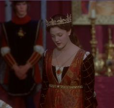 Crown. Drew Barrymore. Ever After: A Cinderella Story.