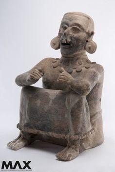 Chalchiuhtlicue, contraparte femenina de Tláloc. Clásico Tardío 600-900 d.C. Centro de Veracruz, México. Museo de Antropología de Xalapa
