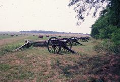 HAUNTED PEA RIDGE BATTLEFIELD ARKANSAS  Pea Ridge Battlefield  Musket fire in the middle of the night and ghostly soldiers, they'd seem out of the ordinary in some places, but at the site of The Battle of Pea Ridge, they're just a part of the landscape. The Pea Ridge Battlefield has remained the h