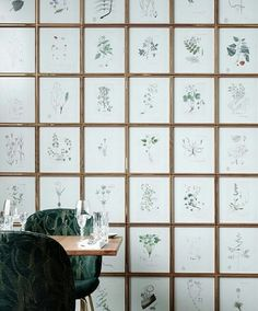 Fantastic wall idea 🌿🌾🍀#restaurant #bar #dope #restaurantdecor #Green #eco #decor #paradise #wallpaper #interiors #rusty #design #furniture #muastudios #modern #oldbuilding #interiordesign