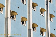 HOSPITAL NAVAL  ARQ: CLORINDO TESTA  BUENOS AIRES-ARGENTINA   PHOTO BY GASTÓN LARROSA Textures Patterns, Wind Chimes, Modern Architecture, Wall Lights, Design Inspiration, Exterior, Outdoor Decor, Hospitals, Buenos Aires