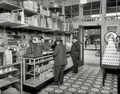 "Washington circa 1920. ""People's Drug Store, 14th and U."""