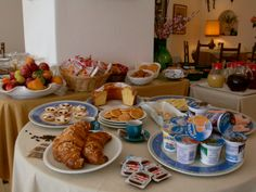 Are you ready to start your day? Start from our breakfast buffet!