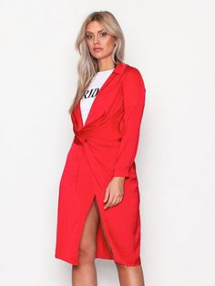 Silky Wrap Over Midi Dress - Missguided - Red - Festkjoler - Klær - Kvinne - Nelly.com