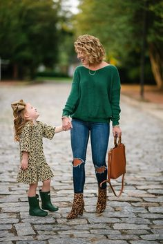 Designer Toddler Clothes – Trends and Waves Mother Daughter Fashion, Mother Daughter Matching Outfits, Mommy And Me Outfits, Toddler Outfits, Kids Outfits, Cute Outfits, Winter Outfits, Casual Outfits, Toddler Fashion