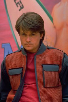 Michael J. Fox memorabilia and collectibles. Shop for signed photos, autographs and other autographed items related to Michael J. 1980s Punk Fashion, 80s Disco Fashion, 1980s Fashion Trends, Michael J Fox, Michael Jackson, Back To The Future, Fashion Pictures, Celebs, People