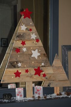 Bricolage arbres de no l and arbres on pinterest - Sapin de noel en bois de palette ...