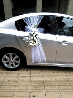 AUTOS PARA BODA, Lifestyles, lifestyles and quality of life The interdependencies and networks developed by the interior … Outdoor Wedding Decorations, Wedding Themes, Wedding Designs, Wedding Ideas, Bridal Car, Wedding Chairs, Wedding Bells, Wedding Bouquets, Rustic Wedding