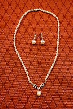 Pearl necklace and earrings for wedding || Bride's Accessories