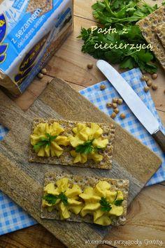 Kulinarne przygody Gatity: Pasta kanapkowa z ciecierzycą i kaszą jaglaną