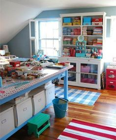 ideas sewing studio space heavens for 2019 Sewing Spaces, My Sewing Room, Sewing Rooms, Sewing Room Organization, Craft Room Storage, Craft Rooms, Organizing, Space Crafts, Home Crafts