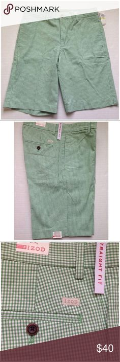 """IZOD MENS FLAT FRONT GREEN GINGHAM SHORTS Add a little fun to your summertime style with these green & white gingham check slim/straight fit flat front shorts from Izod. Cotton  Two slant pockets front/two button pockets back Belt loops/button & zip closure  Machine washable  Waist 36""""/Inseam 10 3/4""""  ALSO AVAILABLE IN BLACK & WHITE GINGHAM CHECK! Izod Shorts Flat Front"""