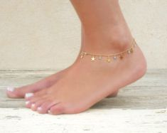 Star Charms And Beads Anklet, Gold Star Anklet, Delicate Gold Anklet, Layering Anklet, Gold Foot Jewelry, Star And Swarovski Ankle Bracelet.